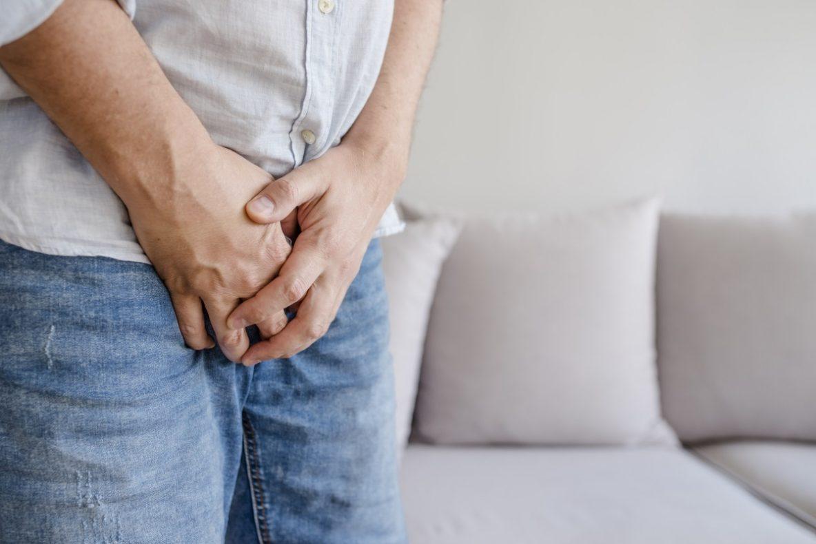 erecție cu ultrasunete a scrotului cocoși masculi și penisuri