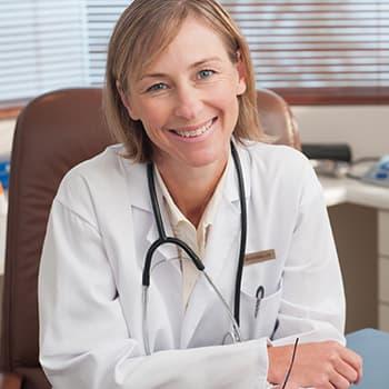 care medic tratează problema erecției