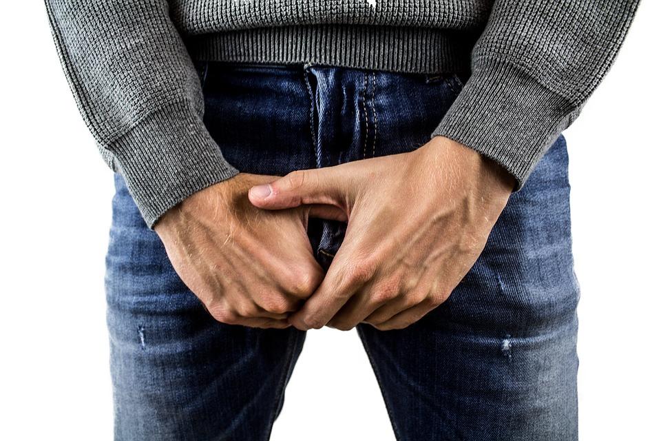 Crește penisul unui bărbat erecție sub presiune